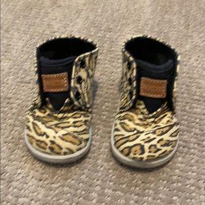 Toms animal print toddler shoes